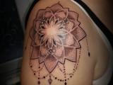 #tatoueuse